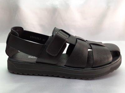 Распродажа Комфортные кожаные чёрные сандалии на платформе Bertoni 42,43,44р.