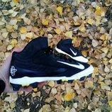Спортивные кроссовки для футбола Nike Huarache 42 размер