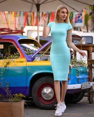 Шокирующая цена Платье футляр от р40 по р52 классическое за колено трикотаж разные цвета с вырезом