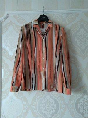Размер 14 Новая красивая фирменная блуза пиджак