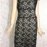 Платье кружевное с открытыми плечами размер 14-16