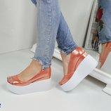 Стильные летние кожаные туфли