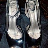Босоножки. Туфли
