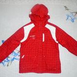 Лыжная куртка в отличном состоянии
