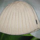 Теплая Роскошная удобная женская Новая белая молочная шапка 9 грн при покупке моих вещей