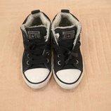 Продам в отличном состоянии,фирменные Converse,замшевые кеды 30 р
