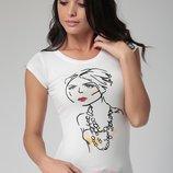 белая женская футболка HAPPINESS с нарисованной девочкой. фирменная Турция