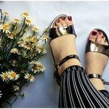 Босоножки сандалии сланцы с зеркальным эффектом