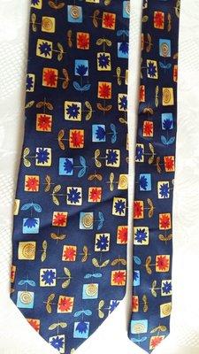 Шелковый галстук от бренда Christian Fischbacher.Оригинал