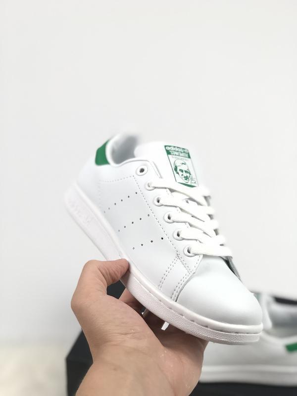 Женские кроссовки adidas stan smith с зеленой пяткой 36 37 38 39 40 размер   1200 грн - кроссовки adidas в Киеве, объявление №17828077 Клубок (ранее  Клумба) 0de913c227e
