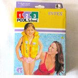 Детский плавательный надувной жилет Intex Pool School Step 2 на 3-6 лет