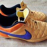 Кожаные фирменные бутсы копочки Nike Tiempo р.38-24см