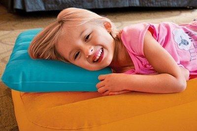 Подушка надувна Intex . Надувная флокированная подушка Intex 68676