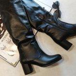 Распродажа Шикарные кожаные зимние сапоги на каблуке