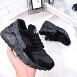 Женские чёрные кроссовки Nike Huarache