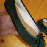 38 разм. Оригинал босоножки Pretty Ballerinas. Замша Длина по внутренней стельке- 24,5 см., ширина