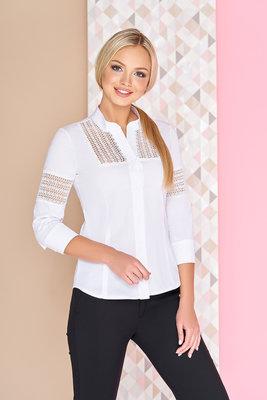 a36d19f63ec Очаровательная белая блузка Диез женская блуза со вставками из гипюра-макраме  по рукаву