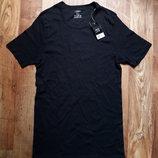 Классическая черная футболка размер L, 28-108 Ю