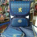 Школьный рюкзак. Есть в комплект пенал и сумка для сменки. Канцтовары по Вашему или нашему списку