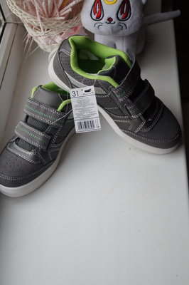 Кроссовки новые для мальчика р. 28, 29, 31