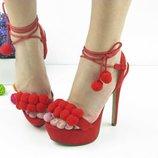 Красивые женские стильные красные босоножки на шпильке