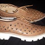 38р-25.5 стильные туфли Bata