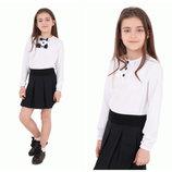 Блуза Amelia дл/р резинка, короткая планка, бантики белые и черные, 122-152р., 10
