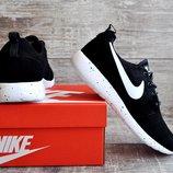 Мужские кроссовки Nike Roshe Run черные