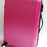 Ультралегкий дорожный чемодан из поликарбоната малый, средний, большой