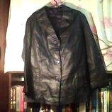 Женский пиджак -кожаный,кожа мягкая в хорошем состоянии,размер-ХЛ. Ш-106 см. Дл.-70См.