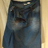 Джинсова спідниця / джинсовая юбка на кокетці з накладними кишенями р.46
