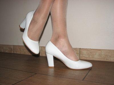 310965133bb8 Белые свадебные туфли на устойчивом среднем каблуке 36 37 38 39 40 ...