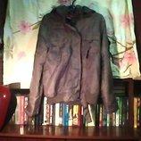 Муж.куртка с кап.-плащёвка зам ш-56 см..дл.-62 см. Хорошем состоянии