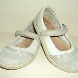 Кожанные балетки-туфельки Clarks