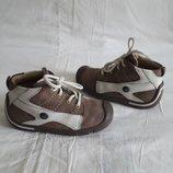 Стиляжные кожанные ботиночки Elefanten 24 р-р, стелька 16cм.