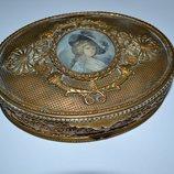 старинная французкая шкатулка бронза с портретом девушки подпись клеймо