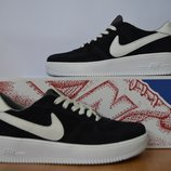 Nike кроссовки замшевые с 36 по 40 размер.