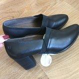 Туфли классика Caprice