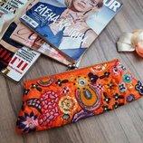 Расшитая сумочка-клатч со съемной цепочкой