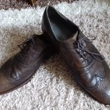 Эксклюзивные туфли от Esprit. Размер указан 44, стелька 29,5- 30 см, по подошве от края и до края 3