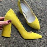 Туфли на широком каблуке клешь из натуральной кожи замши Производитель Украина