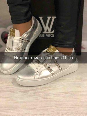 Стильные кожаные кеды в стиле Valentino серебро натуральная кожа