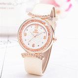 Модные нежные оригинальные женские часы