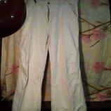 Муж. штаны -лён.бренд-reserved белого цвета в хорошем состоянии.
