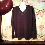 женская бренд DESIGNER Sкоричневая очень красивая мягкая в отличном состоянии..