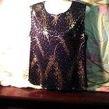 Женская бренд Anna MoRalla безрукавка-тянется.чёрная с золотистыми рисунком размер 20. б-у в очень