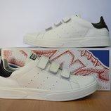 Белые кроссовки Adidas Smith.