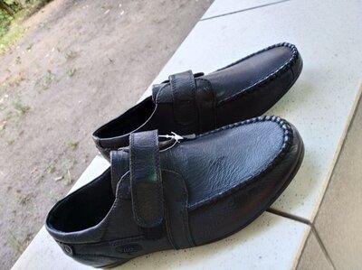 Школьные туфли для мальчика, мокасины черные школьные 23 см
