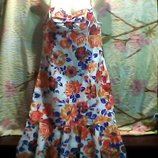 Женский летний сарафан в очень красивый б-у в отличном состоянии.