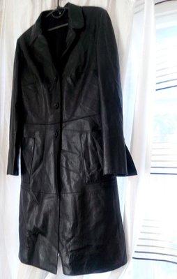 Красивое модное кожаное пальто кожаный плащ р.38 М черное идеальное  1500  грн - демисезонная верхняя одежда в Киеве, объявление №18296367 Клубок  (ранее ... ff4097735f4